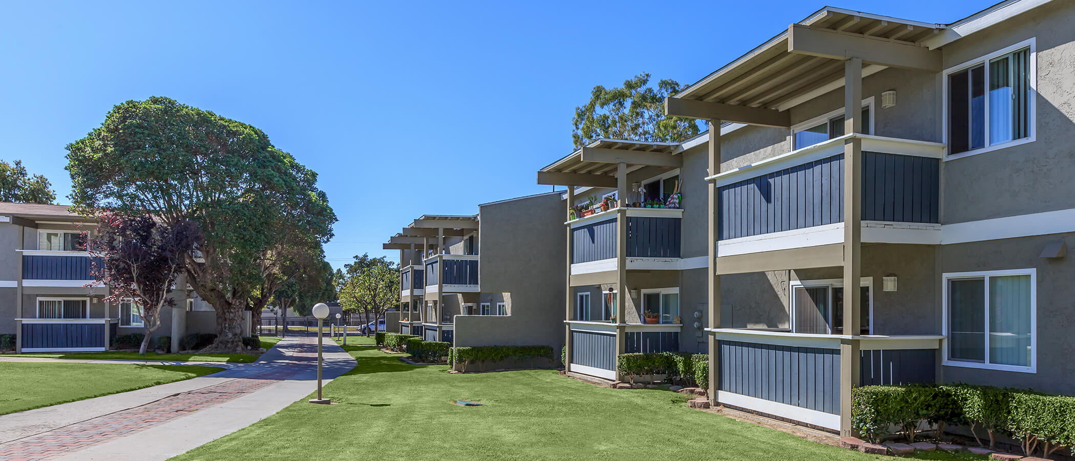 Convenient Ventura Location Meadowridge Apartments Restrictions May Ly Click For Details